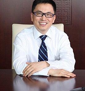 Lei Zhang, B.A., '02 M.A. '02 M.B.A.